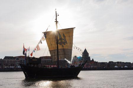 http://sail-kampen-arjan-van-de-logt-kamper-kogge-web