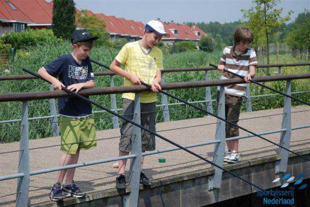 http://sportvisserij-nederland-vissende-kinderen