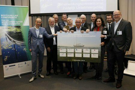 http://ondertekening-samenwerkingsovereenkomst-waterplanten-zuidelijk-ijsselmeergebied