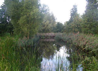 http://1280px-Romeinsebrug_leidschendam-limes-vliet-kanaal-van-corbulo