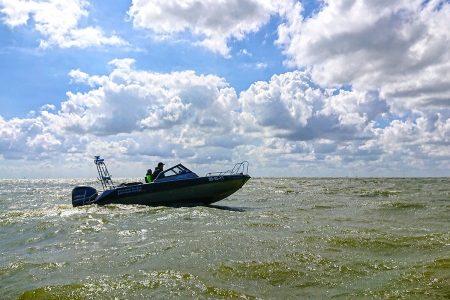 http://burgumer-mar-snelvaren-PW7-speedboot-Provincie-Fryslan